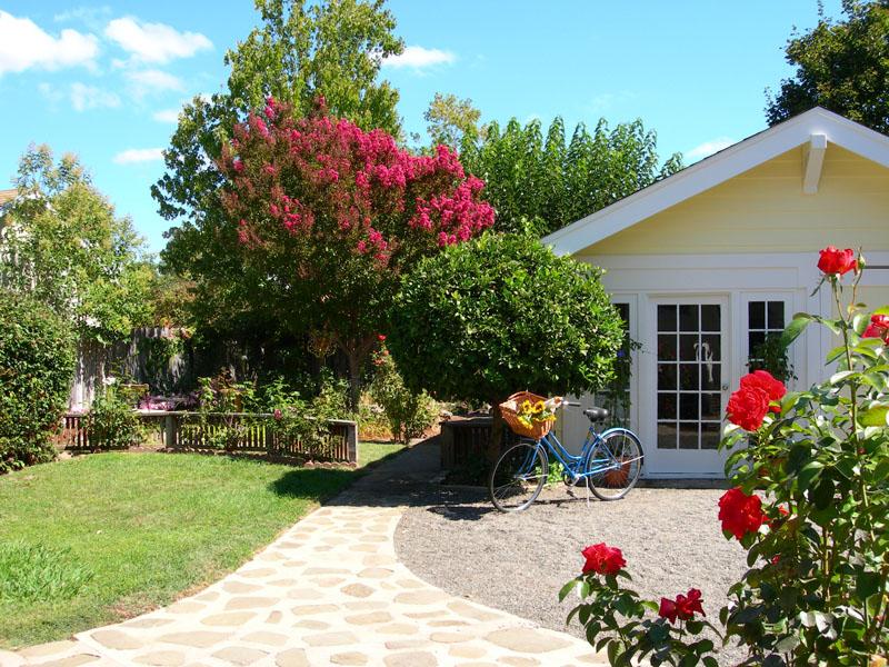 Napa Sans Souci - Home & Garden
